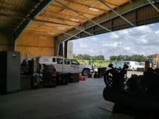 Spacious warehouse/garage